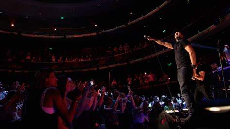 luke bryan fan club luke bryan plays intimate mega fans only show at cma