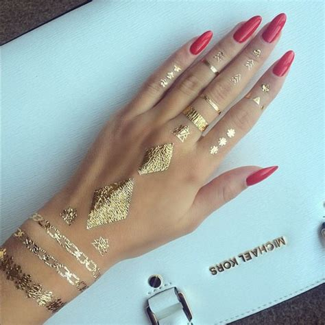 gold henna temporary tattoo nail accessories kinda like henna but not