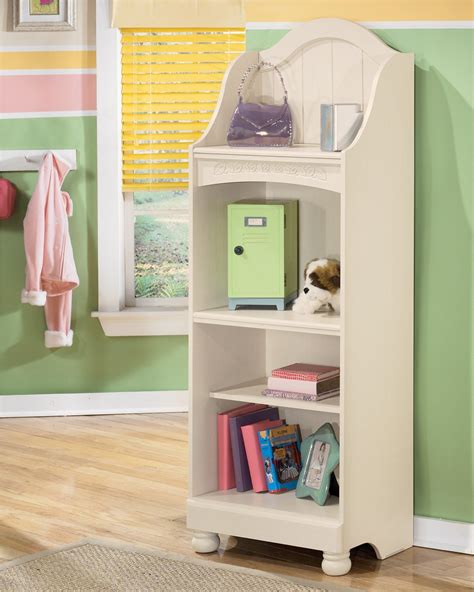 Cottage Retreat Bookcase From B213 20 Coleman