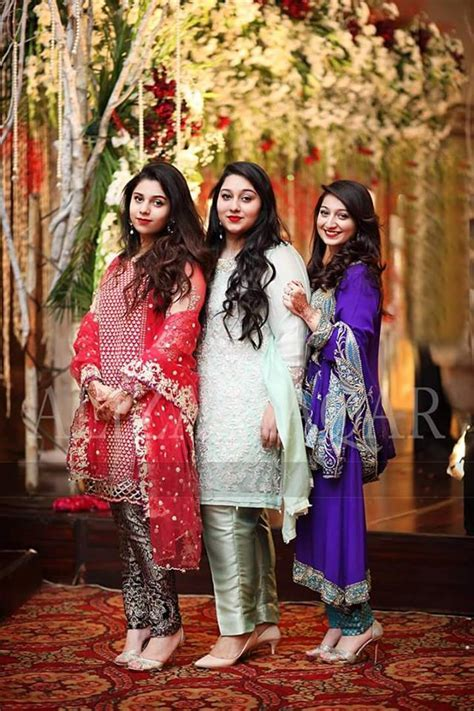 Pakistani Party Wear Dresses for Asian Girls   Stylo Planet