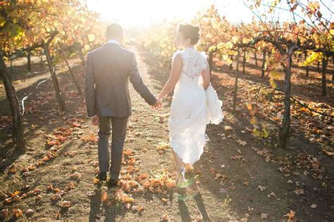 Sawa Cople Linen Marbel Buble Pop Busui rosemary events journal rosemary events wedding event producer california napa valley