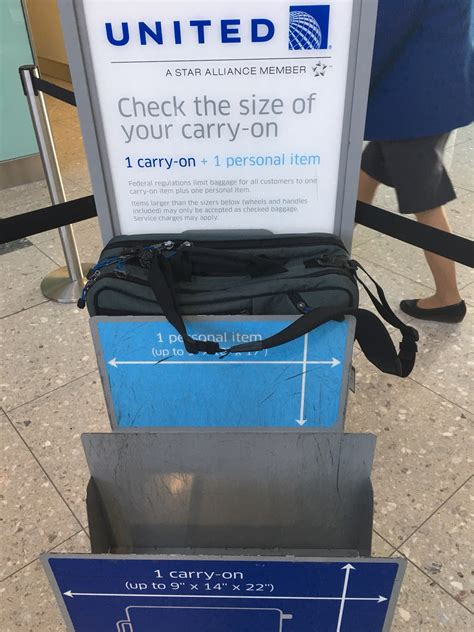 united airlines checked baggage size 100 united checked baggage size hand luggage