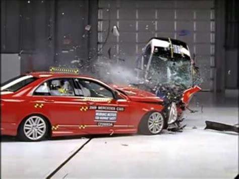 smart crash test mercedes c vs smart fortwo crash test compatibilit 224 iihs
