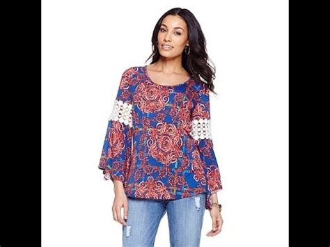 Hq 4842 Printed Blouse in bellsleeve printed top