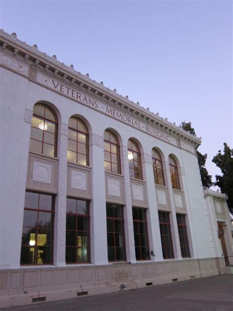 walden books grand ave oakland downtown oakland veterans memorial building landmarks