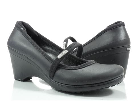 ladies black comfortable work shoes crocs ginger 7 m womens comfortable work shoes black