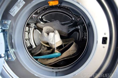 can you wash tennis shoes in washing machine style guru