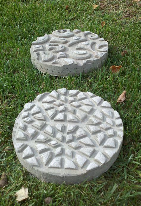 diy garden stepping stones the garden glove