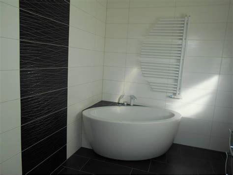 bad mit freistehender badewanne bad mit freistehende badewanne grafffit