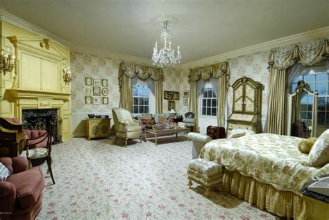 Trump Bedroom | donald trumps house is one of the best in the country