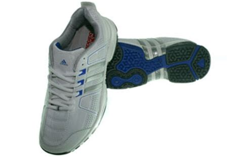 Sepatu Nike Hitam Putih Original adidas adituff putih silver sepatu adidas