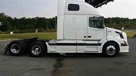 volvo new truck price volvo vnl670 2005 sleeper semi trucks