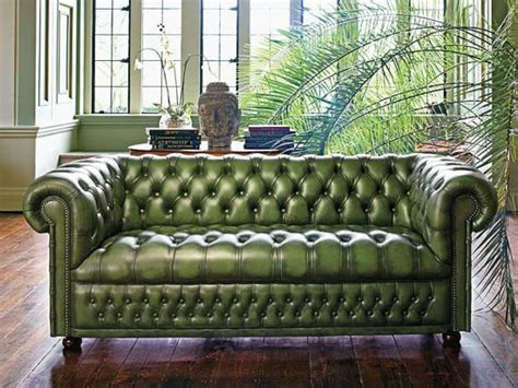 buy chesterfield sofa how to buy the best chesterfield sofa chesterfield sofas