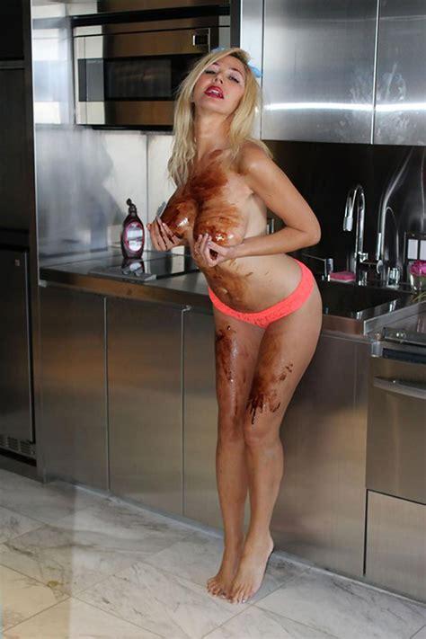 Nadeea Volianova Nude Pussy   Plastic Boobs   Scandal Planet