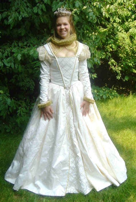 Wedding Attire During Elizabethan Era by Elizabethan Wedding Dresses Wedding Dresses 2013