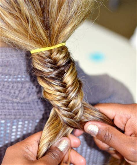 how to make a fish tail braid with puffy thick hair ingin gaya rambut fishtail untuk pernikahan ikuti 5