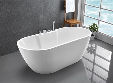 bilder freistehende badewanne freistehende badewanne acrylbadewanne freistehend