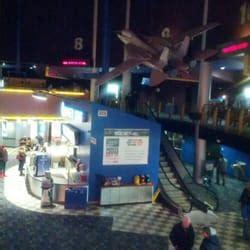 cineplex in ottawa cineplex cinemas ottawa 19 reviews cinema 3090
