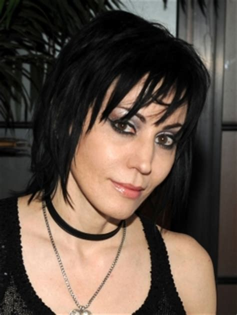 joan jett hairstyle pictures pictures joan jett hairstyles joan jett short layered