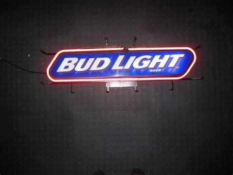 bud light bar signs bud light neon bar sign pinball medics