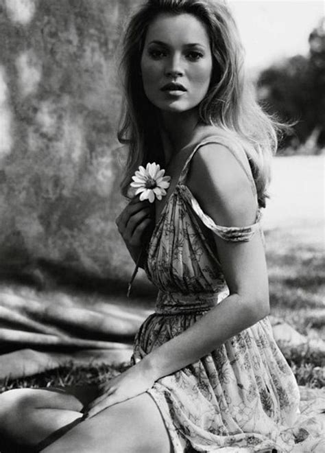 kate moss by mario 3836550695 2361 best images about kate moss on mario sorrenti harpers bazaar and bruce weber