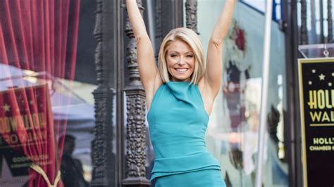 what device does kelly ripa use on her hair kelly ripa and fred savage fuel frontrunner co host rumors