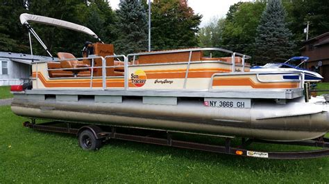 tracker pontoon boats suntracker party barge 1985 for sale for 5 100 boats