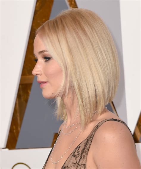 Zero Degree Haircut Pictures Hairstyle Gallery | jennifer lawrence long bob asim 233 trico 161 as 237 se lleva