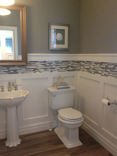 bathrooms with wainscoting photos 17 best ideas about small bathroom decorating on pinterest