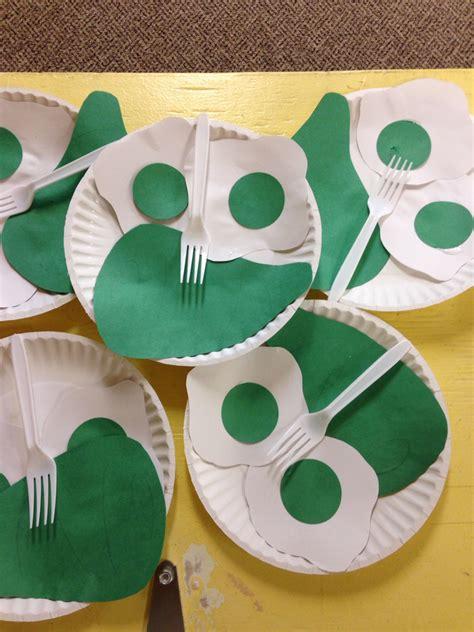 green craft green eggs ham craft my bulletin boards preschool