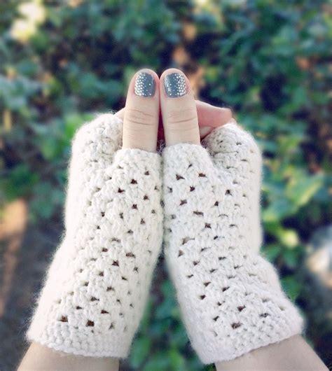 pattern crochet hand warmers free fingerless crochet gloves patterns