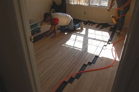 Installing Real Hardwood Floors Installing Wood Floors Part 2