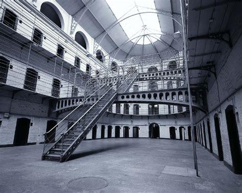 carcere di poggioreale all interno gorizia perder 224 il carcere magari radicalifvg