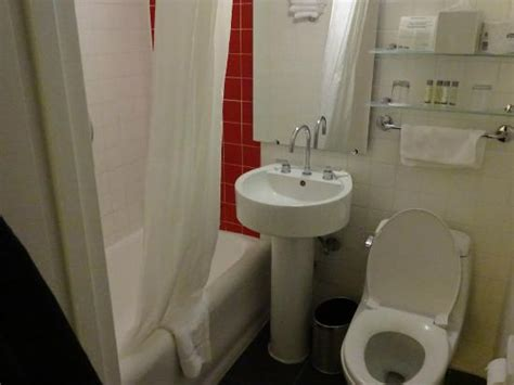 paramount bathrooms reviews bathroom picture of paramount hotel times square new