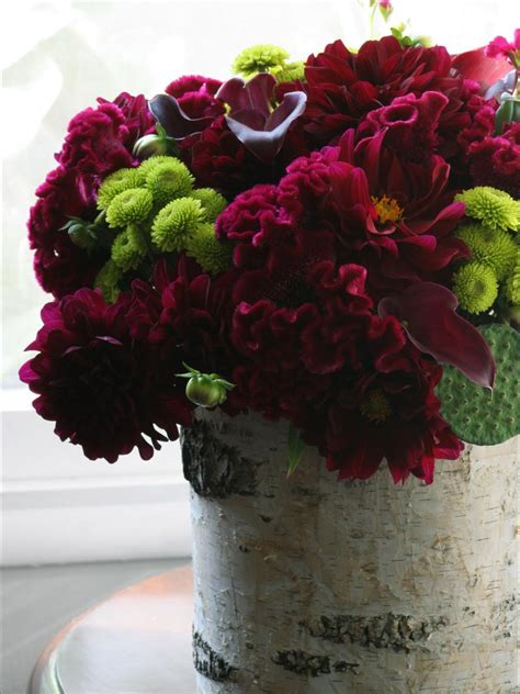 centerpiece arrangements 5 easy to create centerpieces hgtv