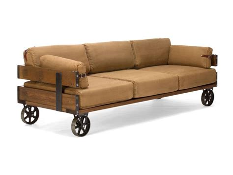 what to look for in a sofa sofa im industrie design auf r 228 dern massivholzm 246 bel bei