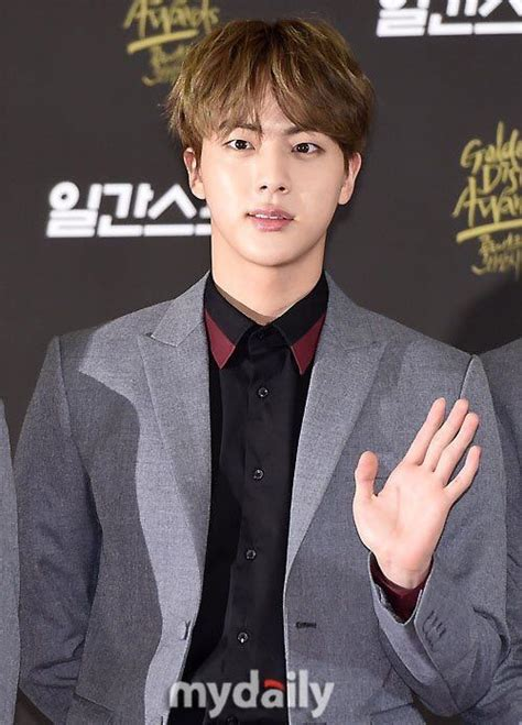 biography jin bts 17 best images about kim seokjin on pinterest incheon