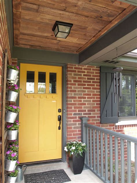 Front Porch Ceiling by Pallet Ceiling For Your Front Porch Home To Home Diy