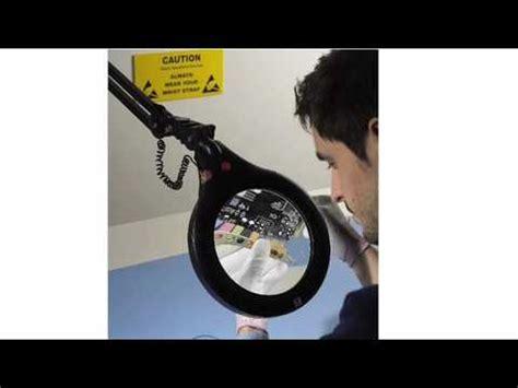 daylight ultra slim magnifying l lupa electronica merlin lcd 19 enhanced vision doovi