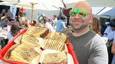 ace of cake ace of cakes duff goldman debuts transformation