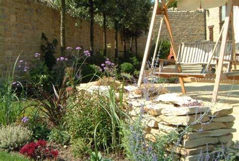 Small Memory Garden Ideas Photograph Small Town Garden Des Small Memorial Garden Ideas