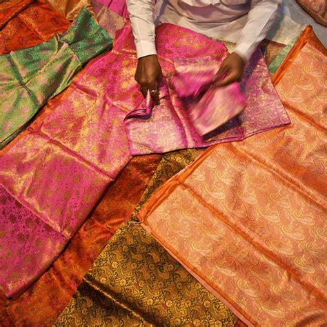 alfombra quemada con plancha ropa de color