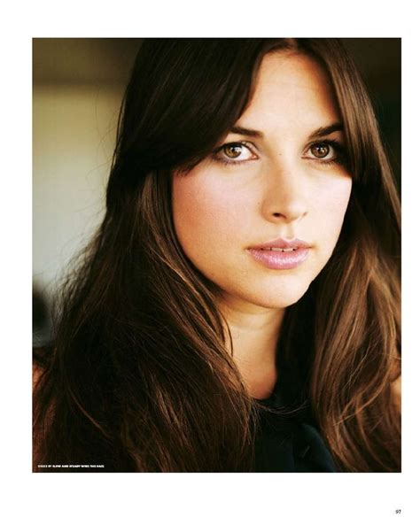amelia dornan haircut amelia warner her pinterest her hair serum and hair