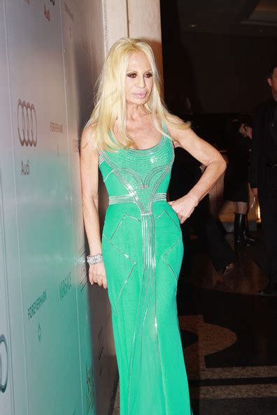 Donatella Says More Skirts by More Pics Of Donatella Versace Evening Dress 10 Of 14