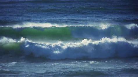 blue waves in motion 4k relaxing screensaver youtube ocean waves moving 4k relaxing screensaver youtube