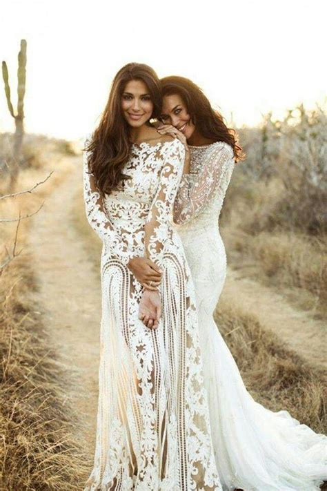 Stunning Long Sleeve Wedding Dresses   MODwedding