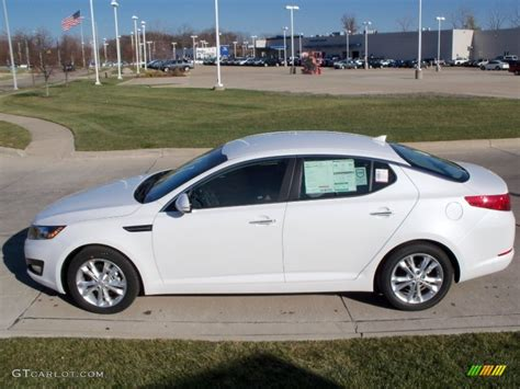 Kia Optima 2012 White Snow White Pearl 2012 Kia Optima Ex Exterior Photo