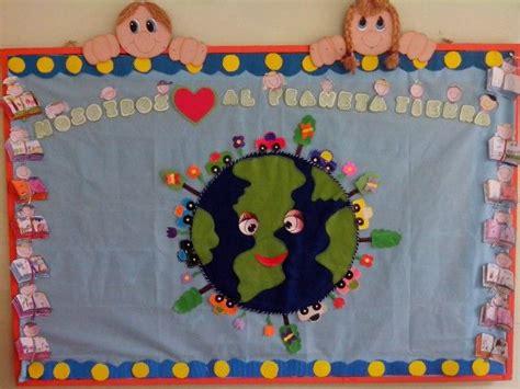como decorar una cartelera escolar con material reciclable cartelera dia de la tierra mio pinterest la tierra