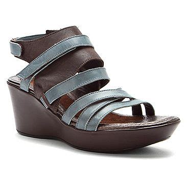 comfortable sandals for travel 25 best ideas about naot shoes on pinterest comfortable