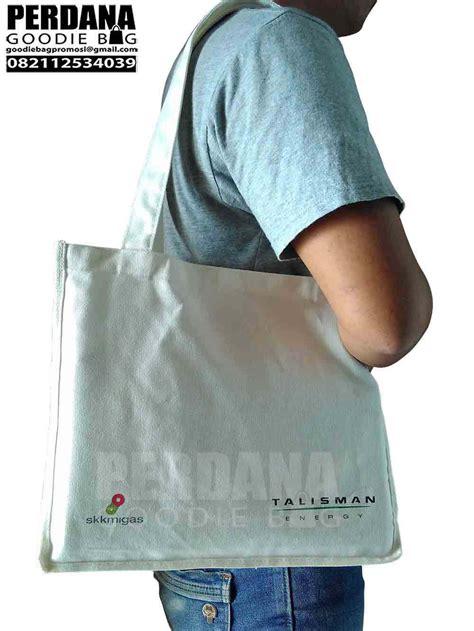 Tote Bag Kanvas Costum Murah Tote Bag Kanvas Polos Costum jual tote bag kanvas di jakarta perdana goodie bag